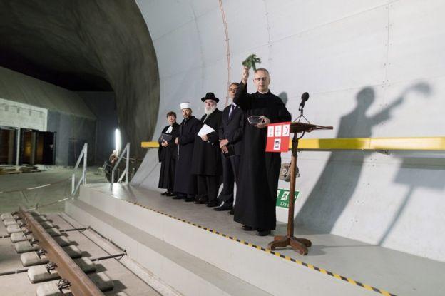Ecumenismo Tunel