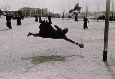 Juan Pablo jugando futbol