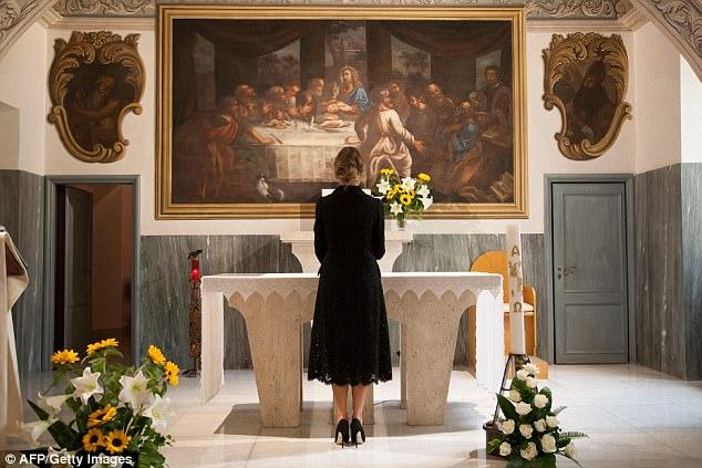 melania trump vaticano